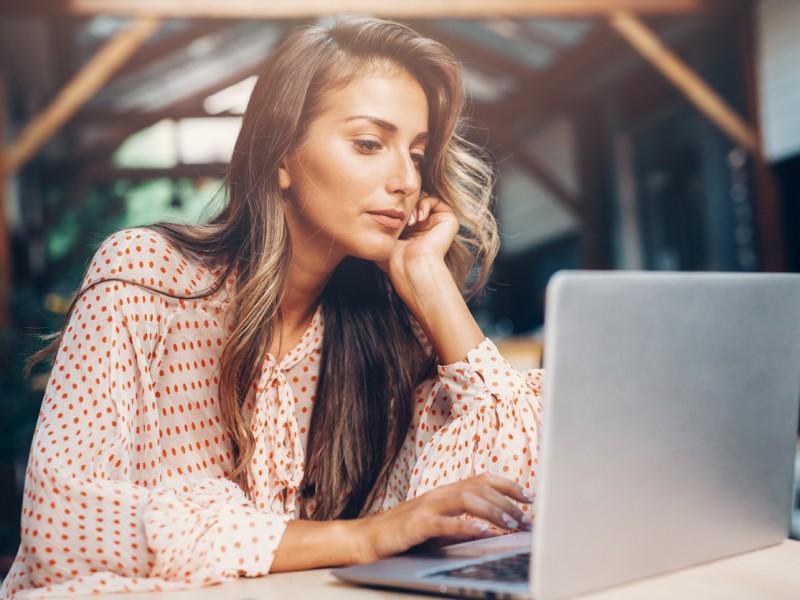 6 tipp, hogy ne add fel az online társkeresést | VagyokNeked Blog